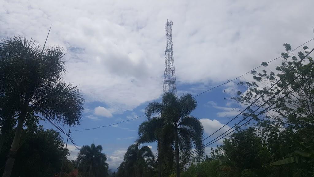 Benarkah radiasi dari menara telekomunikasi mengancam manusia?